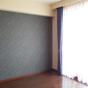 中古マンションの照明計画とクロス、カーテンの提案です。 まだ新しいマンションのため、少し手を入れるだけにしました。
